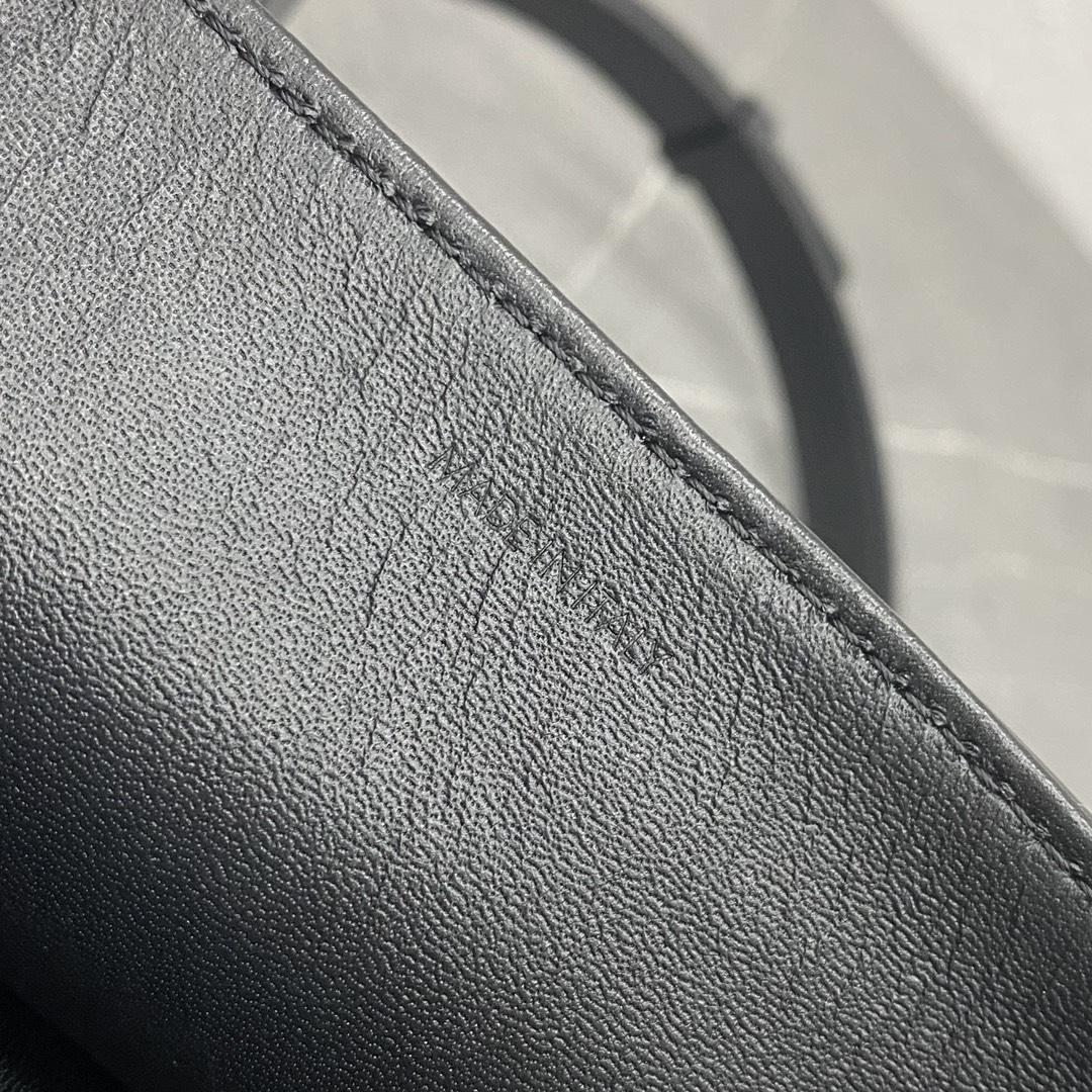 【P1580】Celine包包官网 思琳196583黑色牛皮锁扣翻盖包单肩斜挎女包22CM