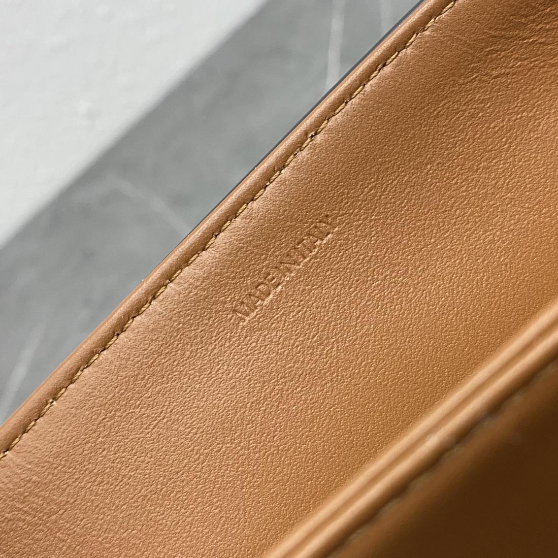 【P1580】Celine TABOU 思琳秋冬新款锁扣翻盖单肩斜挎包 196583黄褐棕